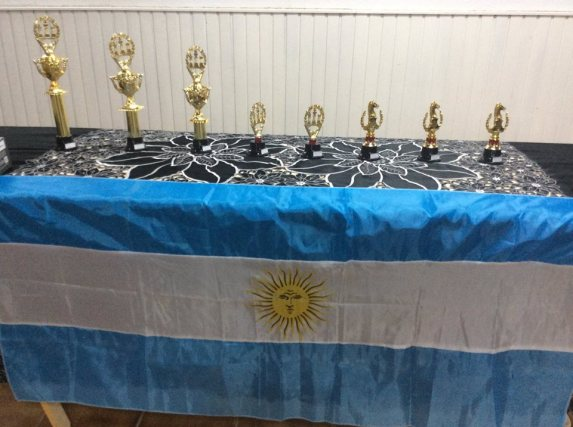 trofeos con bandera